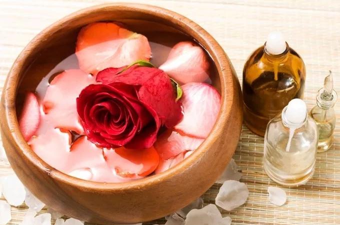 Тоник с маслом жожоба и розовой водой