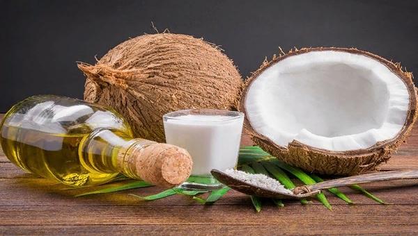 Тердое и жидкое мало кокоса