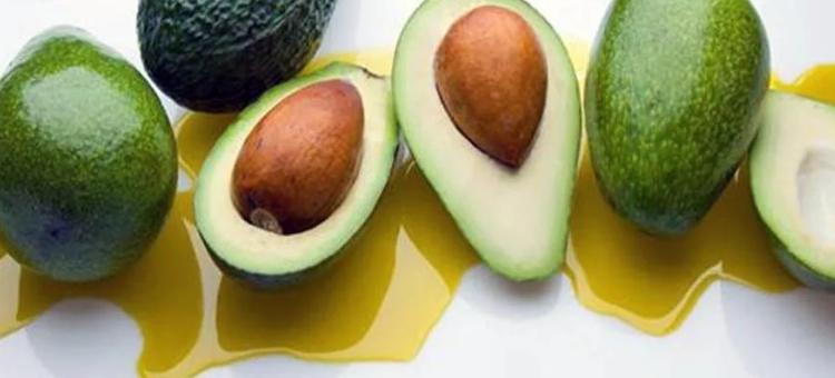 Масло из плодов дерева авокадо