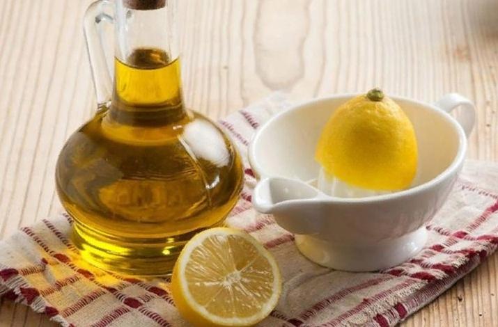 Масло камфоры и сок лимона