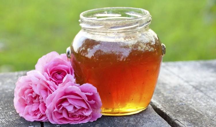 Мед и масло розы