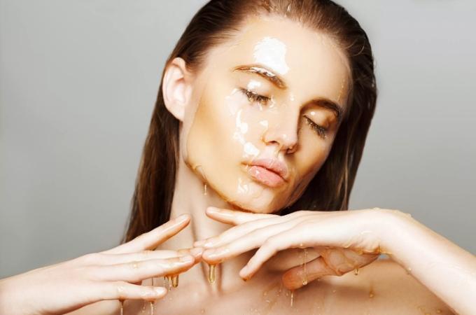 Какие масла полезны для кожи лица