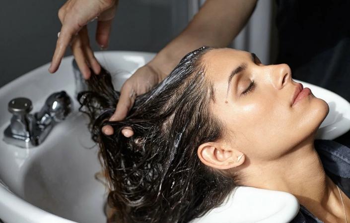 Способы смыть масло с волос