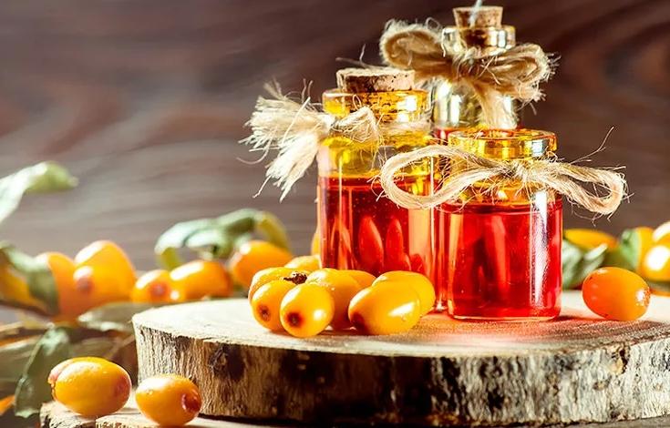Масло облепихи и ее плоды